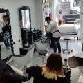 Zdjęcie: Sprzedam salon fryzjerski w centrum Berlina