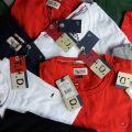 Zdjęcie: Tommy hilfiger - koszule męskie, T-shirty damskie i męskie tej firmy